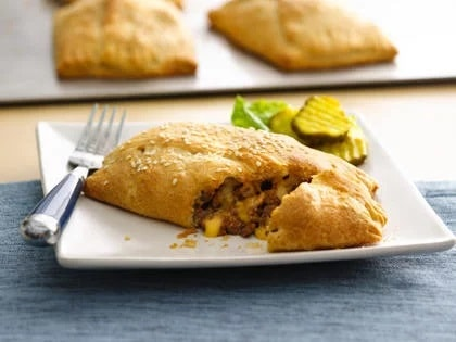 Fried Pie with Cheeseburger