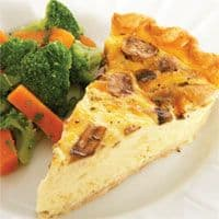 Quiche of tuna and mushrooms