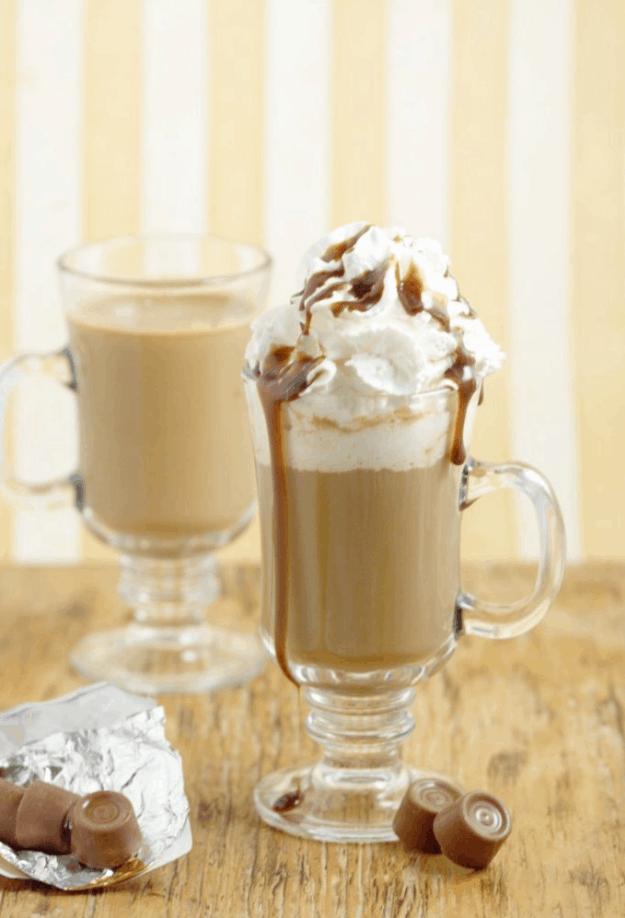 The Rollo Coffee Creamer
