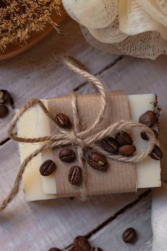 10 Easy Steps to Make Coffee Soap