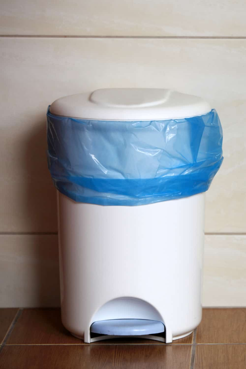 17 Homemade Trash Can Plans You Can Diy Easily