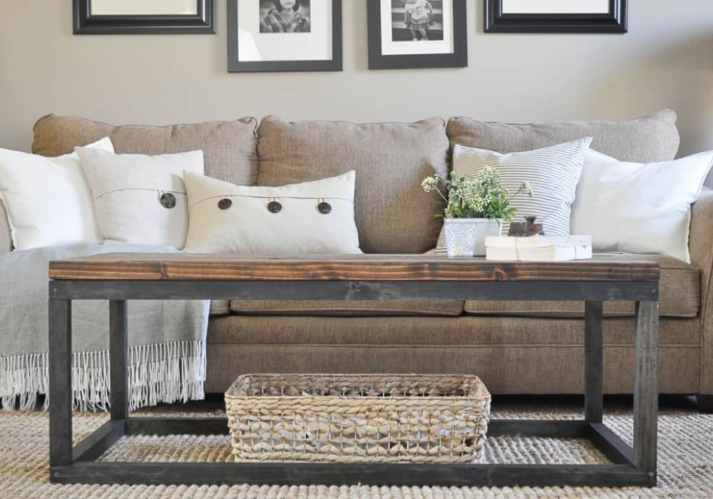 21 Homemade Coffee Table Plans You Can DIY Easily