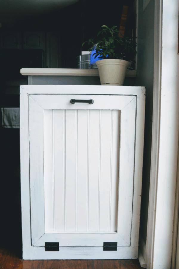 Andiamo DIY Trashcan Cabinet