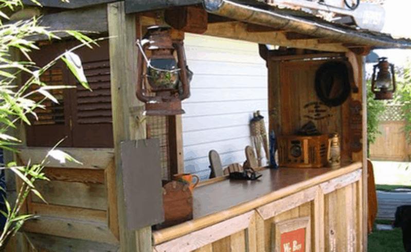 Build a Backyard Tiki Bar