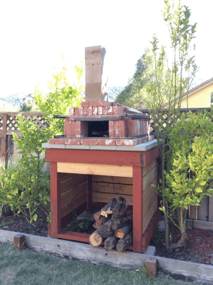 Build an Arched Brick Pizza Oven in One Day