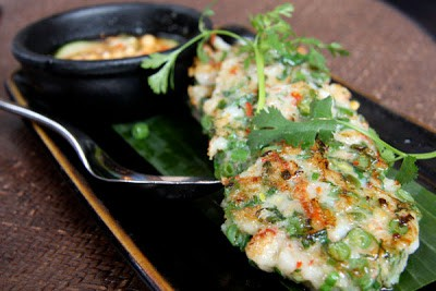 Cambodian Street Food Deep-Fried Shrimp Cakes