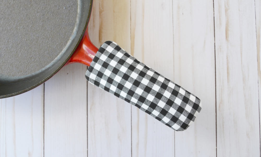 Cast Iron Skillet Handle Cover Tutorial