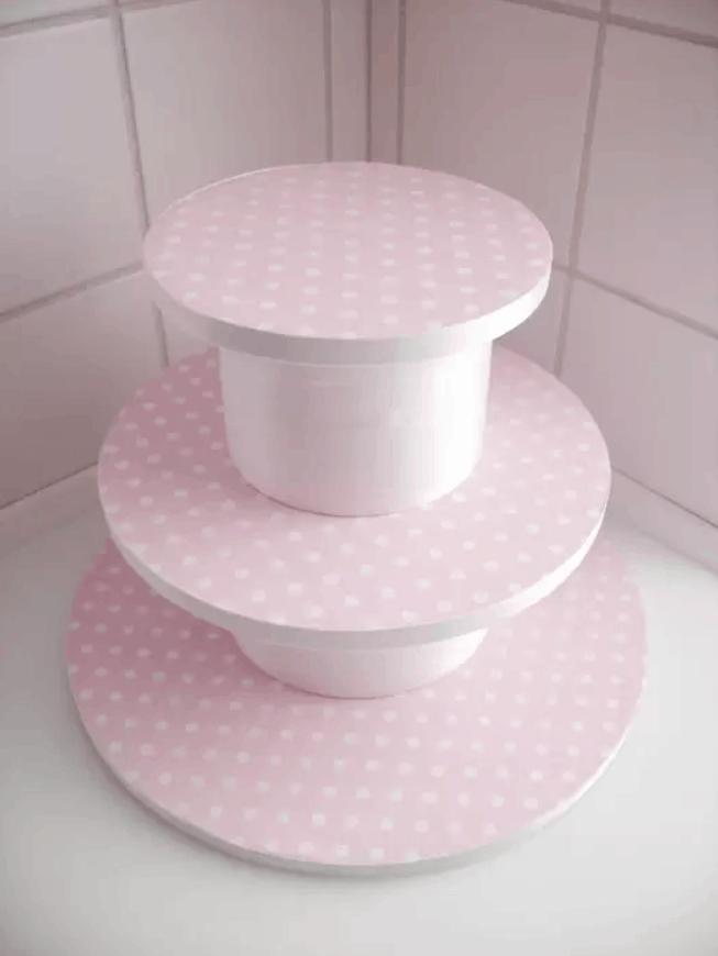 DIY – How to Make A Cupcake Stand