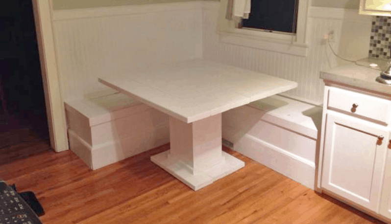 DIY Breakfast Nook with Storage