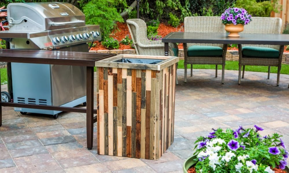 DIY Outdoor Trash Can