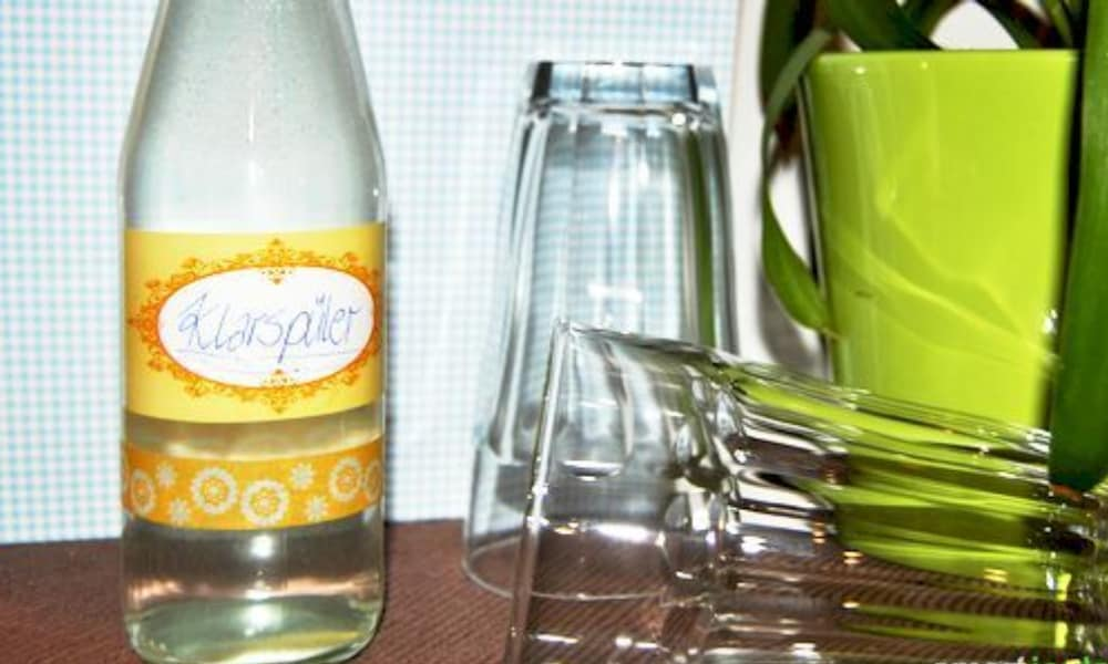 Homemade Rinse Aid Simple, Environmentally Friendly and Cheap