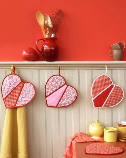 How to Make Charming Heart-Shaped Potholders