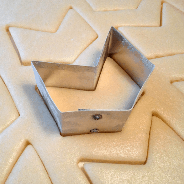 How to Make Your Own Customized Cookie Cutters