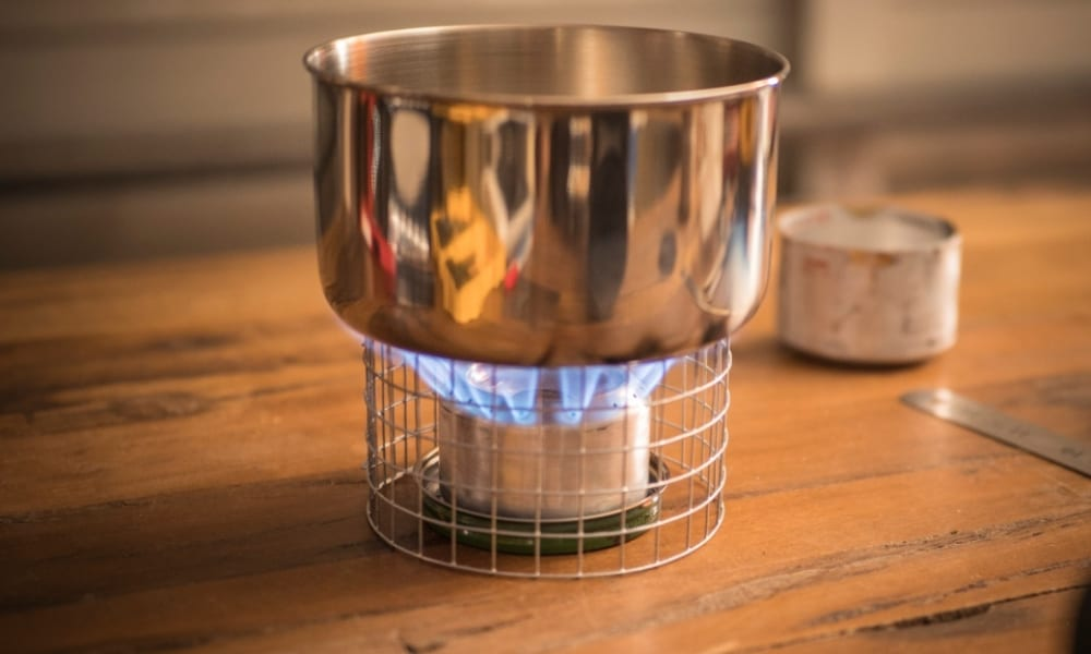 How to Make a DIY Alcohol Stove from Soda Cans