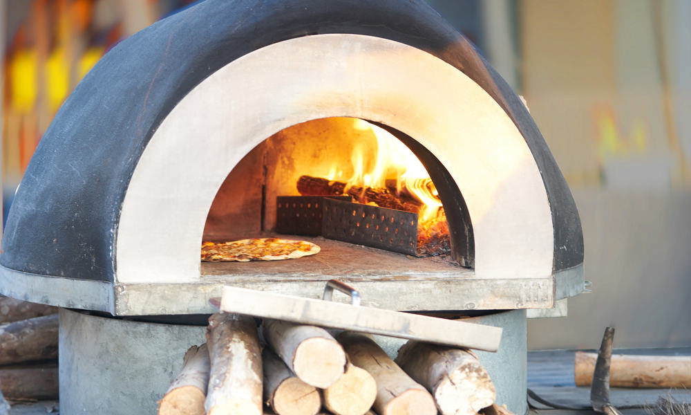 Impress Your Friends with this Simple DIY Pizza Oven