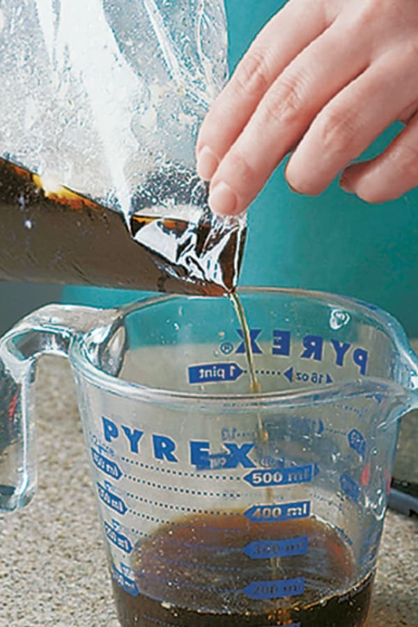 No Fat Separator Use a Plastic Bag to Separate Fat from Drippings!
