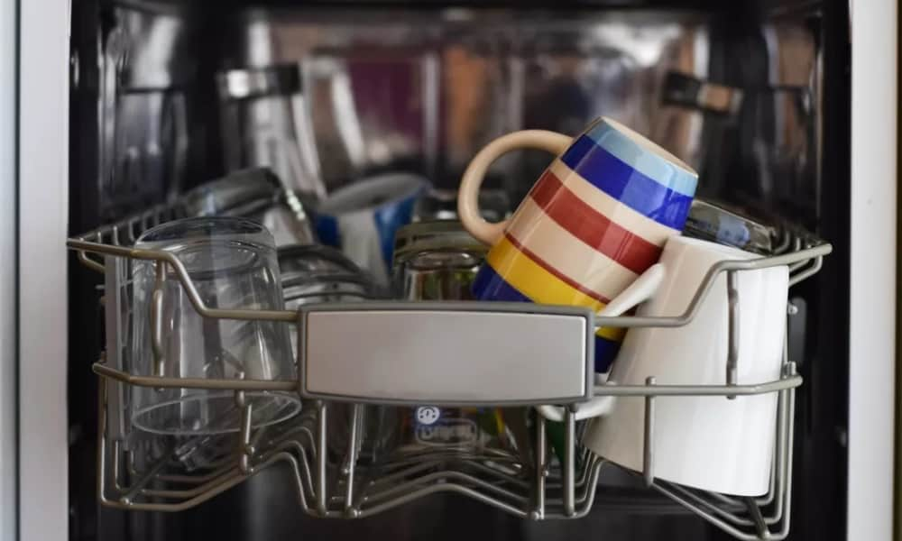 Replace Your Dishwasher Rinse Agent with This Frugal Substitute