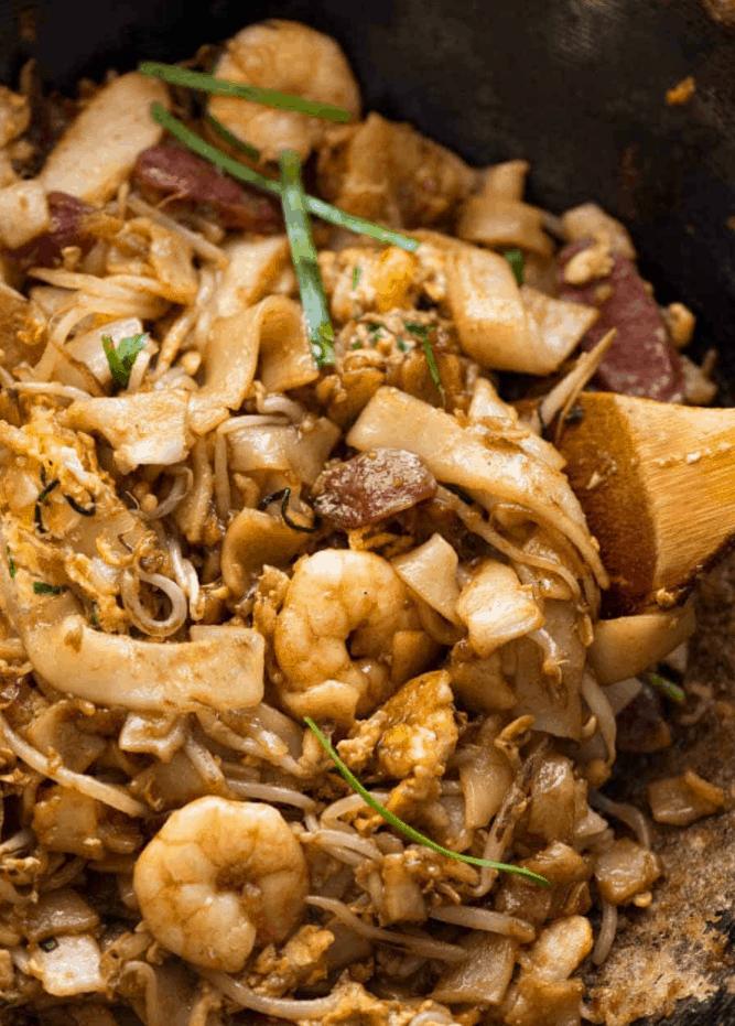 Singapore Street Food Char Kuay Teow