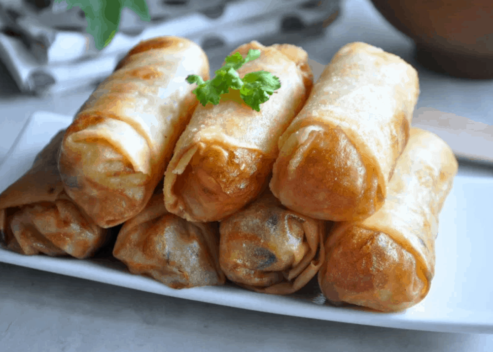 Singapore Street Food Deep-Fried Spring Rolls
