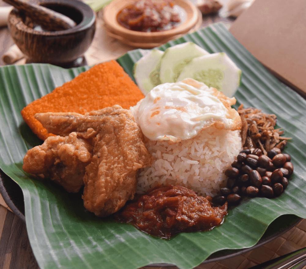 Singapore Street Food Nasi Lemak