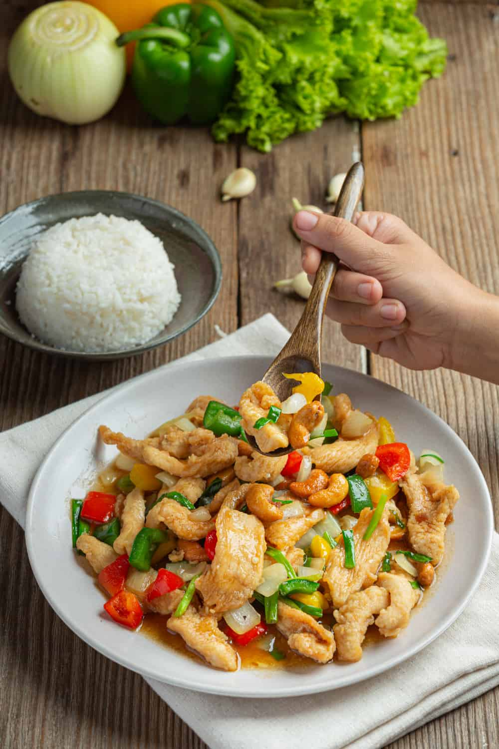 Thai Street Food Gai Pad Met Ma Muang (Fried Chicken with Cashew Nuts)