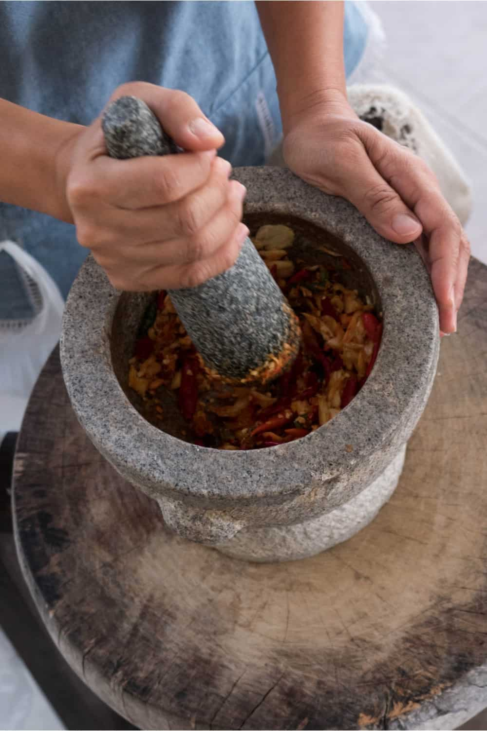 18 Homemade Mortar and Pestle Plans You Can DIY Easily