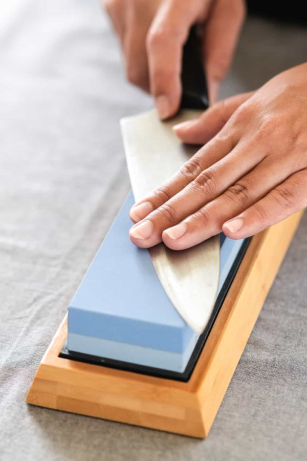 19 Homemade Knife Sharpening Jig Plans You Can DIY Easily