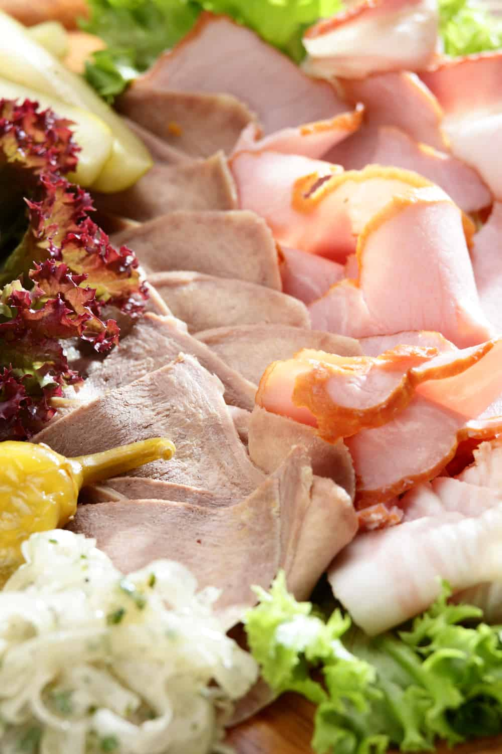 5 Tips to Tell if Deli Meat Has Gone Bad