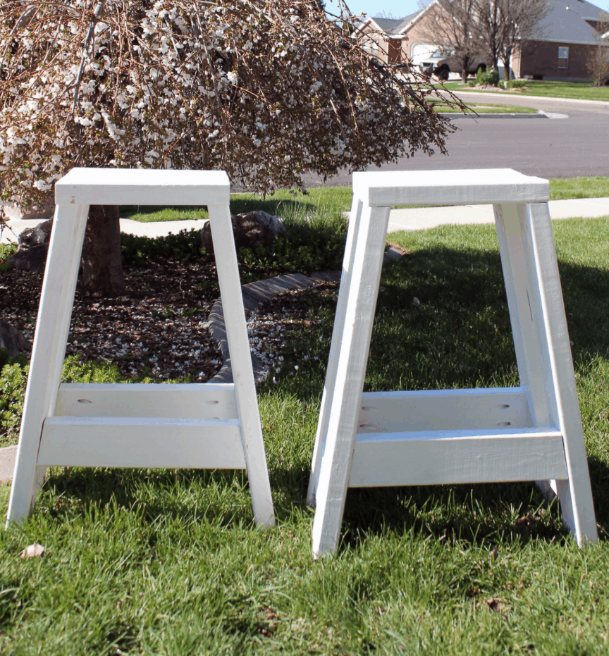 Build a Barstool Using Only 2x4s