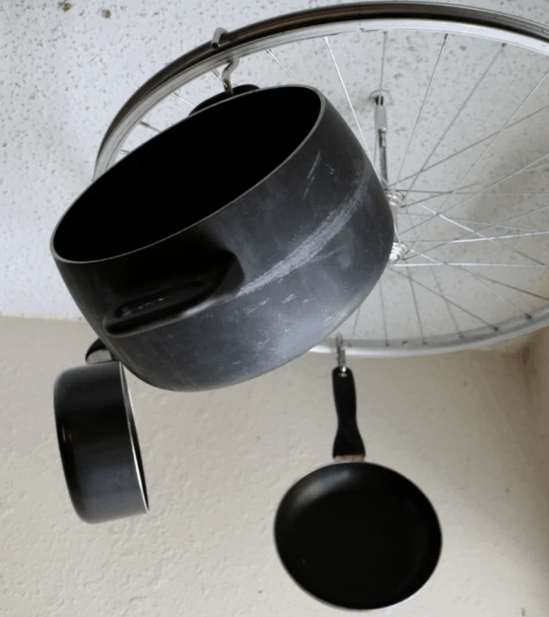DIY Bicycle Wheel Pots and Pans Rack