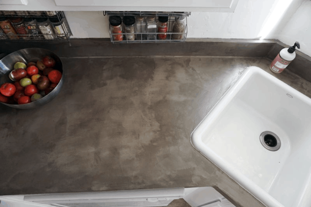DIY Concrete Countertops Over Laminate Surfaces