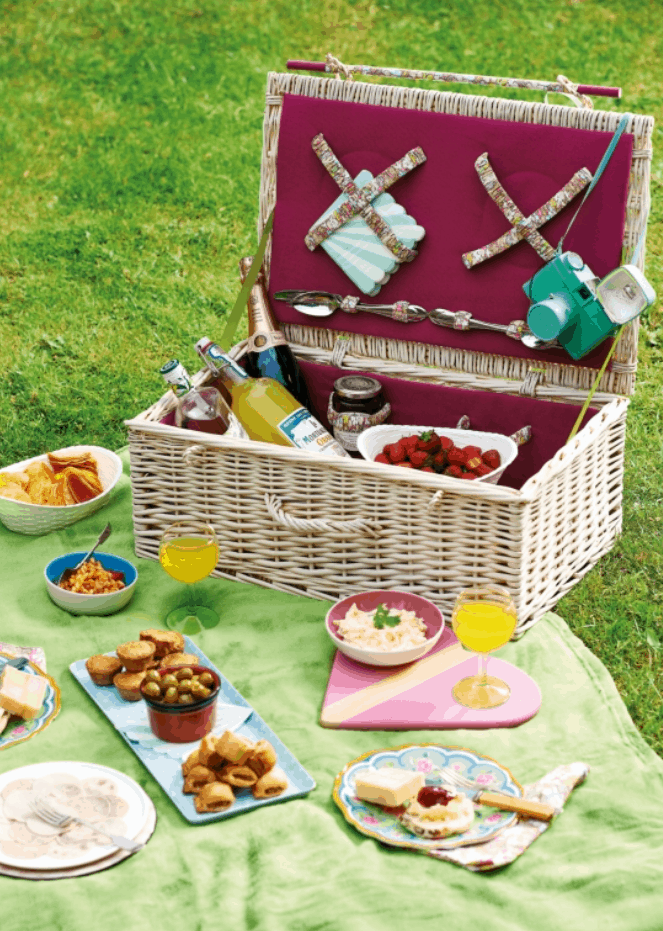 DIY Picnic Hamper