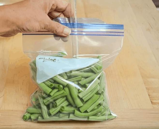 DIY Straw Vacuum Cleaner