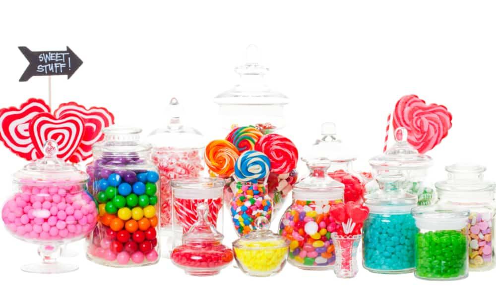Easy DIY Candy Buffet 1