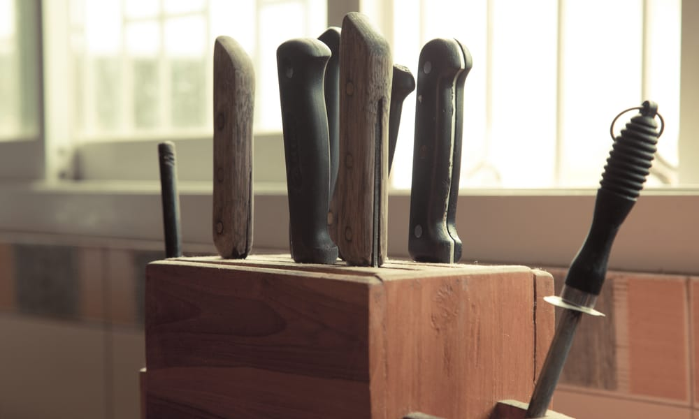How to Make Your Own DIY Knife Holder 1