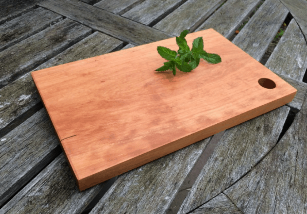 How to Make a Wooden Cutting Board in 7 Easy Steps