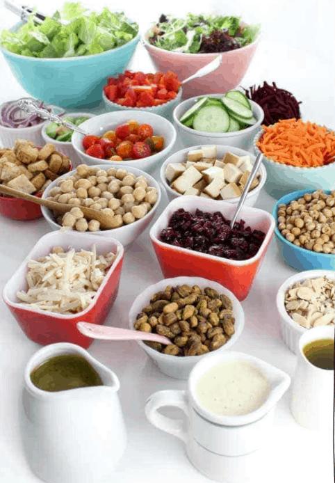 How to Make an At-Home Salad Bar