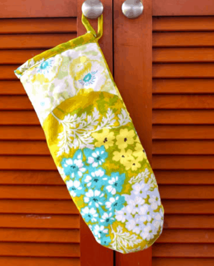How to Make an Oven Mitt with Free Pattern