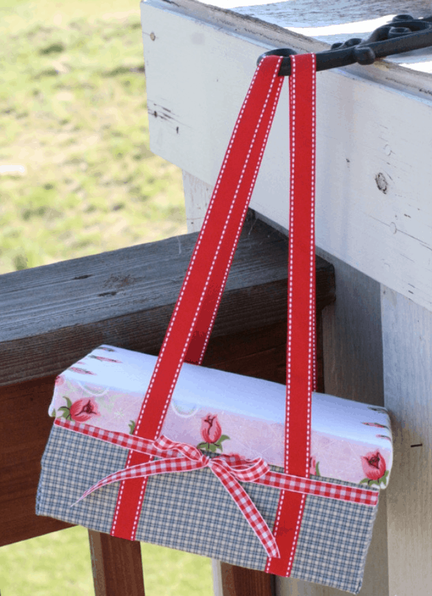 Make a Cute Shoebox Picnic basket