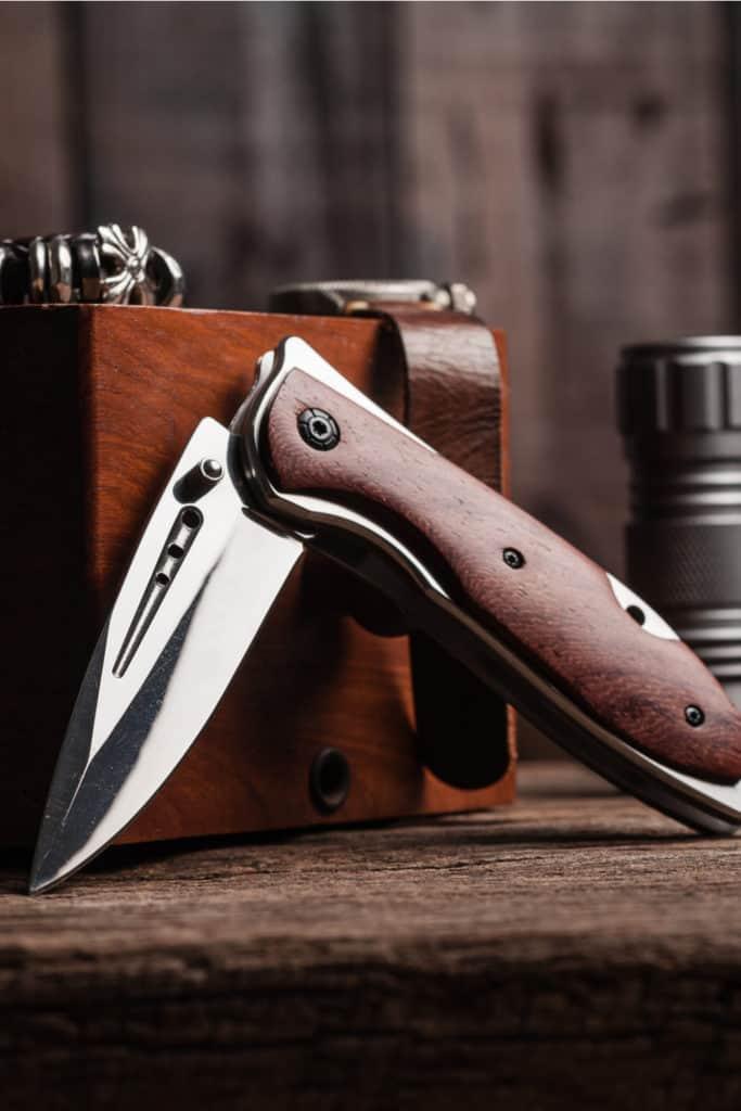 15 Homemade Folding Knife Ideas You Can DIY Easily