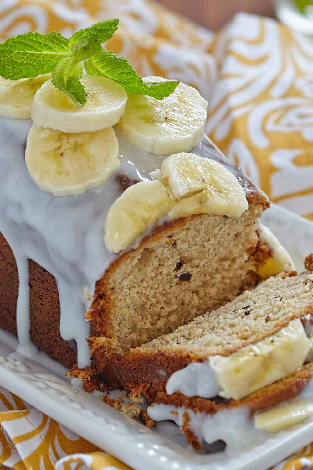 3 Tips to Tell if Banana Bread has Gone Bad