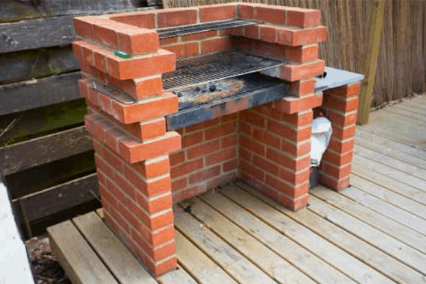 How to Build Your Own Brick Barbecue