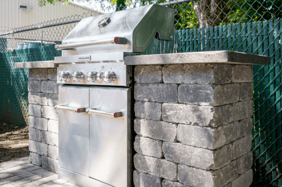 How to Build a Stone Grill Surround