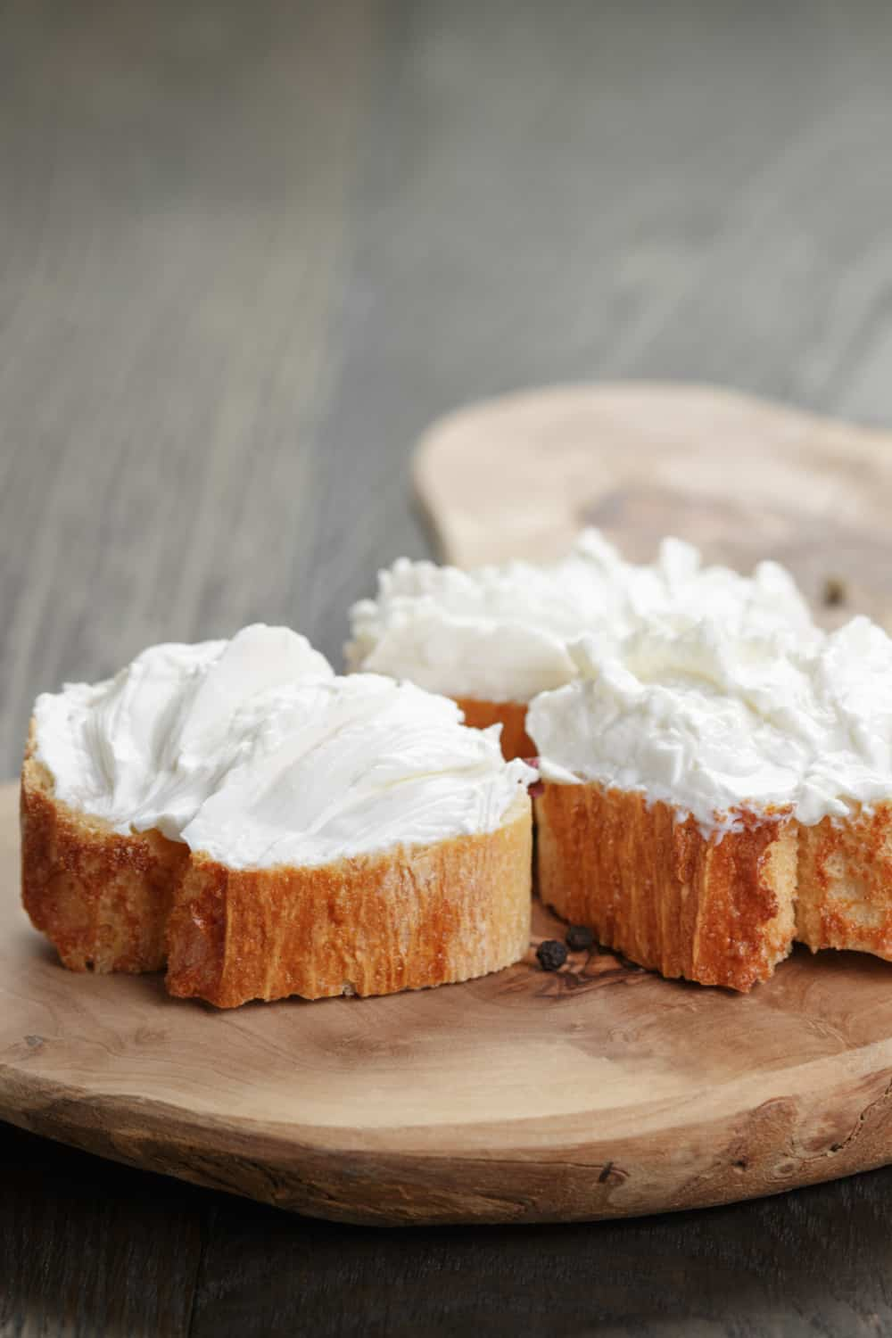 The Risk of Consuming an Expired Cream Cheese