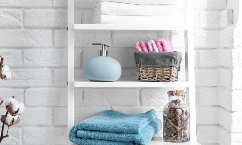 16 DIY Bathroom Shelves Ideas