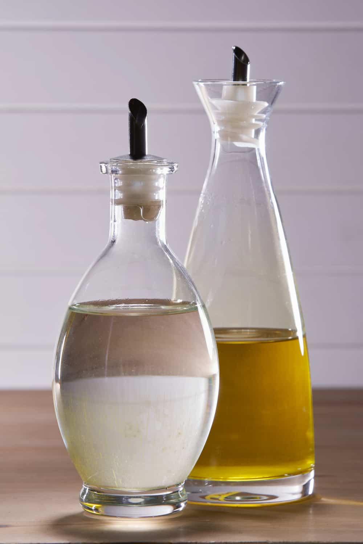 How Long Does White Vinegar Last