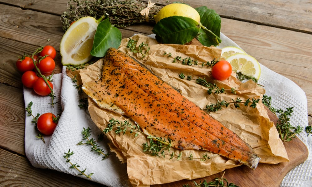 The Risk of Consuming an Expired Smoked Salmon
