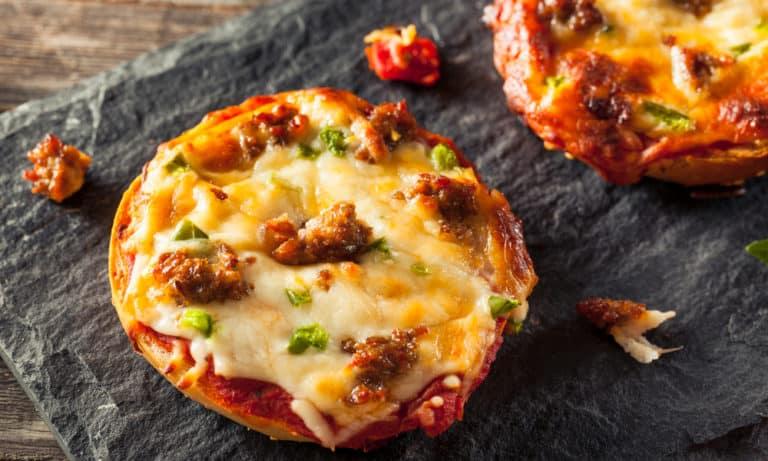 31 Pizza Bagel Recipes
