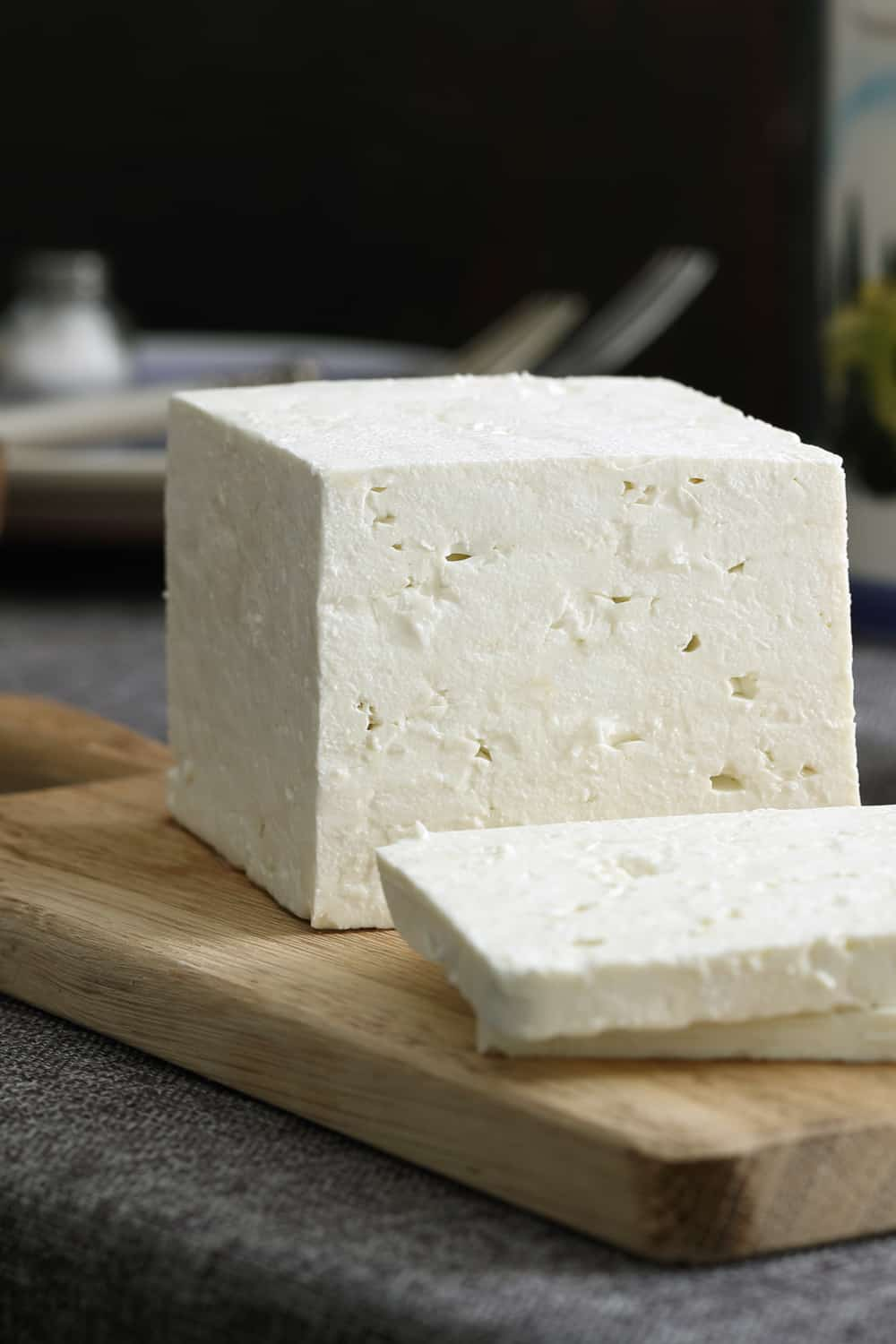 3 Tips to Tell if Your Feta Cheese Has Gone Bad