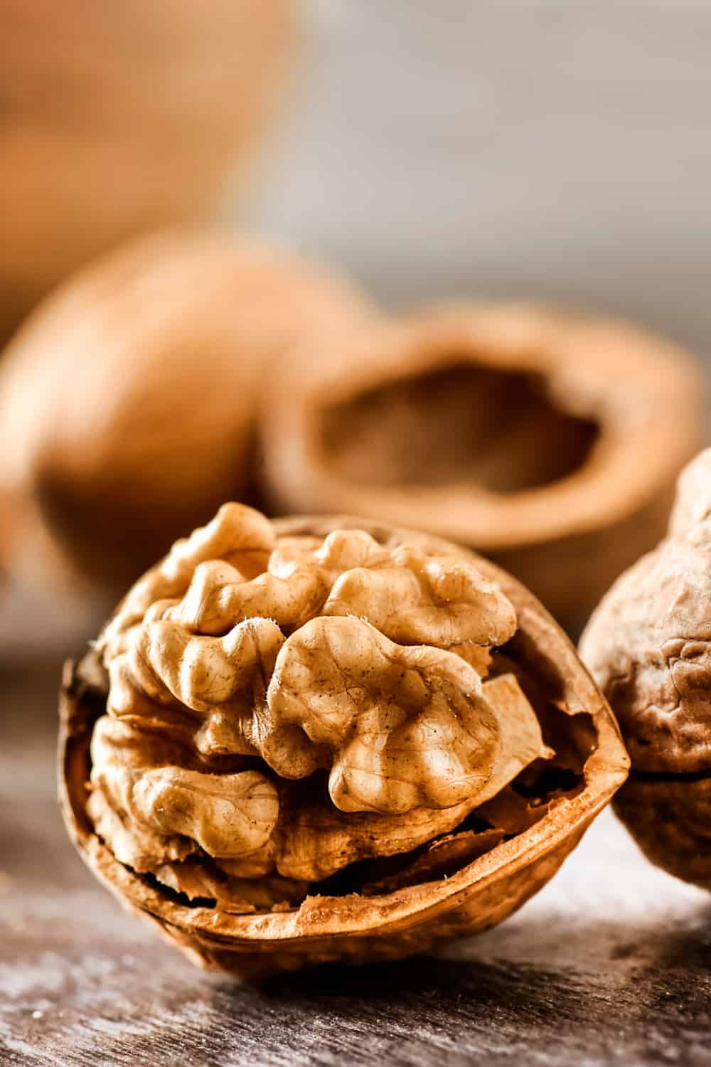 The Risk of Consuming Expired Walnuts